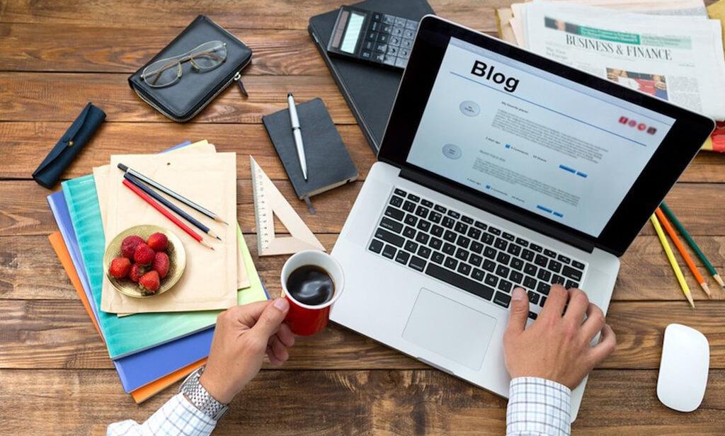 side business idea : blogger